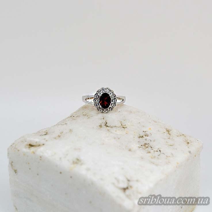 Серебряное кольцо со вставкой красного граната (арт. 410506)