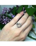 Серебряное кольцо со вставками фианитов (арт. 4